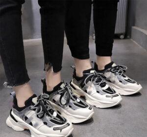 giày thể thao màu gì dễ phối đồ